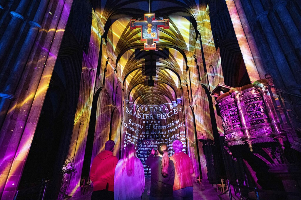 Science at Lichfield Cathedral PHoto D Harper_5 sv