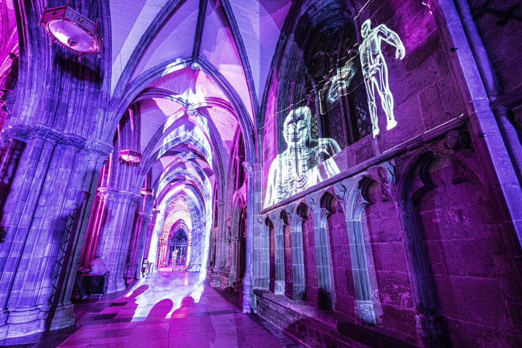 the laboratory luxmuralis Science at Lichfield Cathedral PHoto D Harper_1